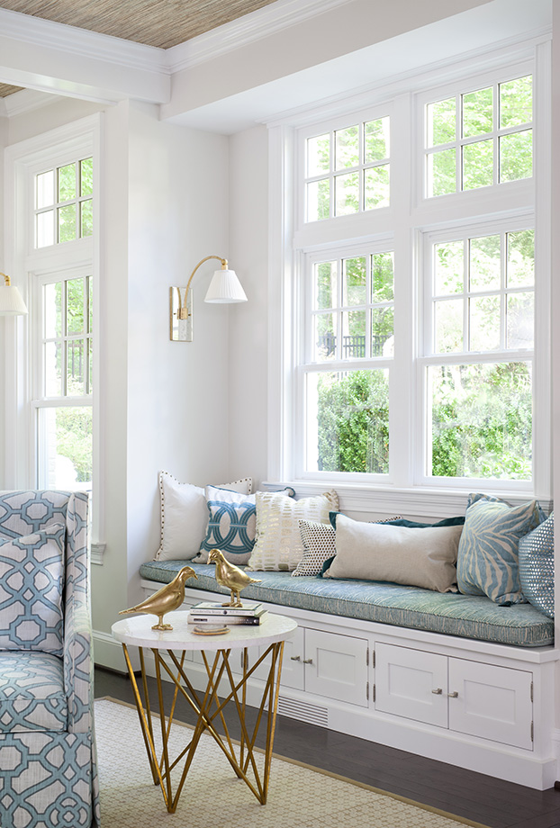 Let the light with large traditional Colonial windows