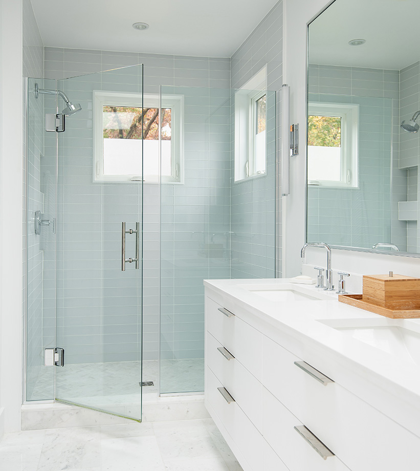 Bathroom renovation in white