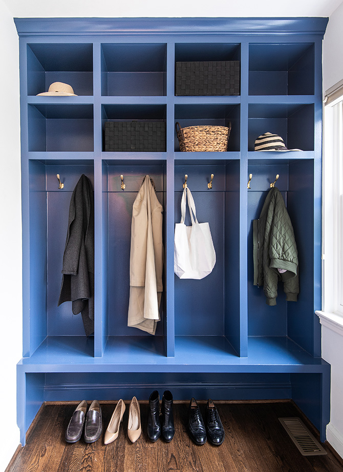 Organizing is easy with this sturdy coats and shoes alcove