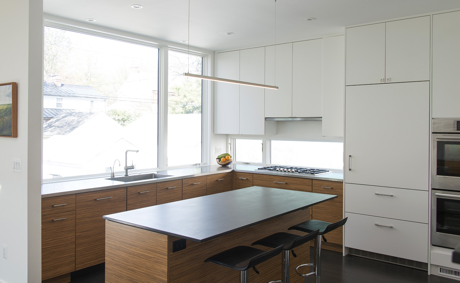 Modern white and wood kitchen